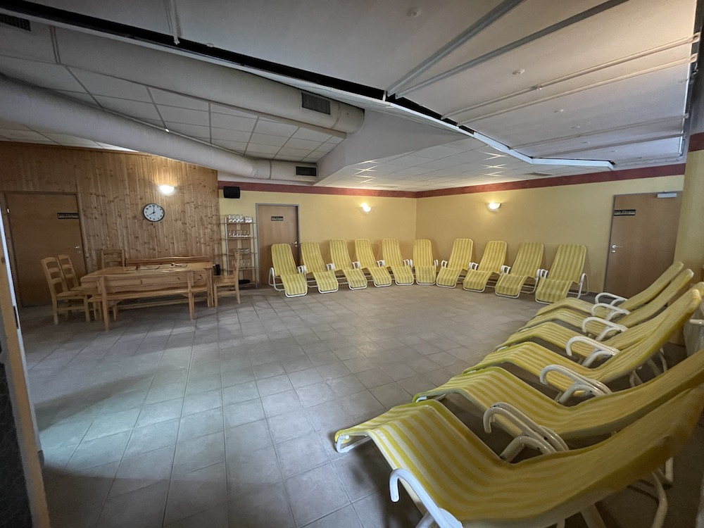 Leoben - Sauna - Ruheraum.JPG